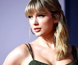 Taylor Swift donates $13,000 each to two women struggling due to pandemic