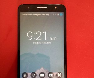TCL 560 smartphone: Good performance at decent price (Tech Review) (With Image)