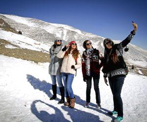 IRAN TEHRAN SNOW SKIING