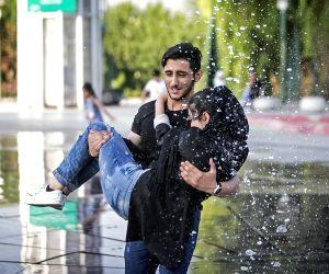 IRAN TEHRAN HOT WEATHER