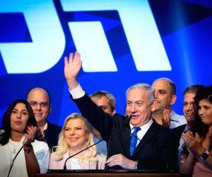 TEL AVIV, Sept. 18, 2019 (Xinhua) -- Israeli Prime Minister Benjamin Netanyahu gestures at Likud Party election campaign headquarters in Tel Aviv, Israel, on Sept. 18, 2019. Israeli Prime Minister Benjamin Netanyahu said Wednesday he will start negot