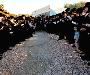 ISRAEL-PALMACHIM-TASHLICH