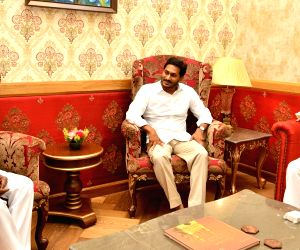 Telangana and Andhra Pradesh Chief Ministers K. Chandrashekhar Rao and Y. S. Jagan Mohan Reddy call on the Governor of both Telugu states E. S. L. Narasimhan, in Hyderabad on June 1, 2019.