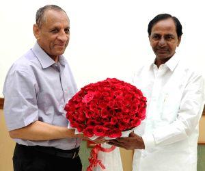 Telangana CM calls on Governor