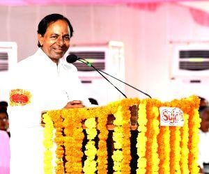 Telangana celebrates I-Day with two major schemes