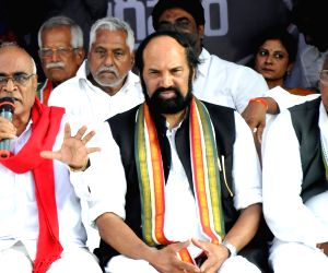 Telangana Congress leaders N. Uttam Kumar Reddy and V. Hanumantha Rao during a 36-hour hunger strike launched by them to protest against the twelve party MLAs who merged with the ruling ...