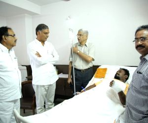 Harish Rao meets those injured in multi-vehicle collision in Telangana