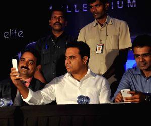 Celkon launches smartphones