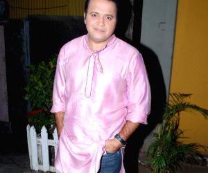 Television actor Mandar Chandwadkar on the sets of Taarak Mehta Ka Ooltah Chashmah in Mumbai on Feb.17, 2014.