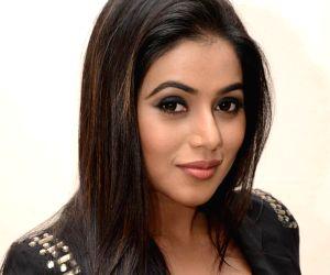Telugu movie Nuvvala Nenila audio release function