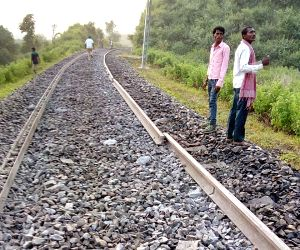 Seven coaches of the Shaktipunj Express derailed