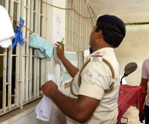 SIT raids Lalkeshwar Prasad Singh's son-in-law residence