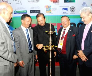 The Union Minister for Tourism, Shri Subodh Kant Sahai lighting the lamp to inaugurate the SATTE Travel and Tourism Exchange, in New Delhi.