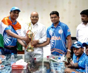 Indian Wheelchair Cricket Team meet Thaawar Chand Gehlot