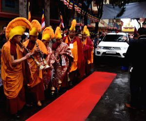 Dalai Lama arrives at Arunachal  Monastery