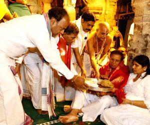 Sri Lankan President visits Lord Venkateswara temple in Tirumala