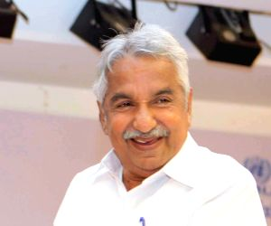 TN, Kerala polls: Chandy in Chennai for talks with Stalin