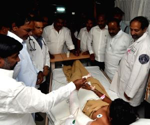 TRS president K chandersheker rao visiting Care Hospital in Hyderabad