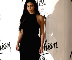 Miss you so much dad: Kim Kardashian on Father's Day