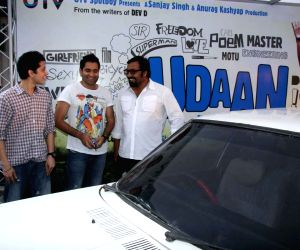 Udaan cast breaks a car to promote movie at Pheonix on Mumbai.