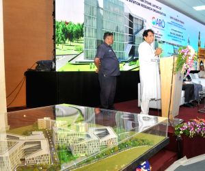 Suresh Prabhu lays foundation stone for CARO