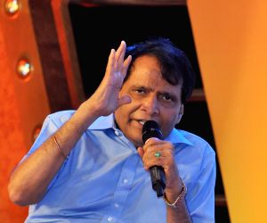 Suresh Prabhu at SHEFEXIL Awards For Export Excellence