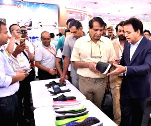 4th edition of India International Footwear Fair 2018 - Suresh Prabhu