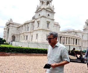Raghavendra Singh visits Victoria Memorial