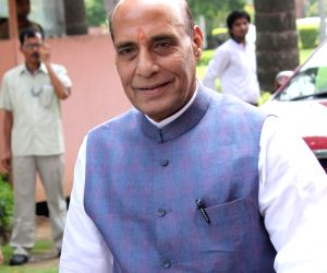 Rajnath for inclusion of martyrs' biographies in syllabus