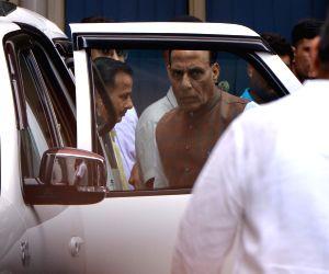 Vajpayee critical, remains on life support - Amit Shah, L.K. Advani, Rajnath Singh visit AIIMS