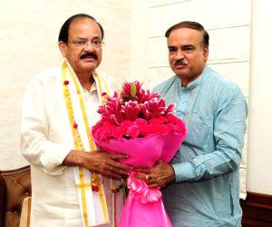 Ananth Kumar meets Venkaiah Naidu
