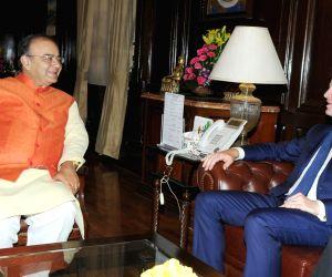 Arun Jaitley meets UK Dy. PM