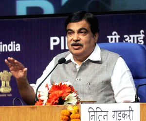 New expressway to solve Delhi's traffic, pollution woes: Gadkari