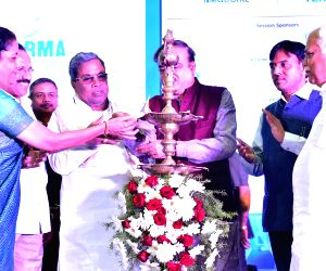Anant Kumar inaugurates pharma exhibition