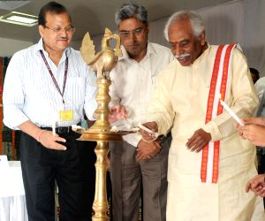 Bandaru Dattatreya at the launch of EPFO