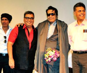 Manish Tewari with Manoj Kumar during the 44th International Film Festival of India