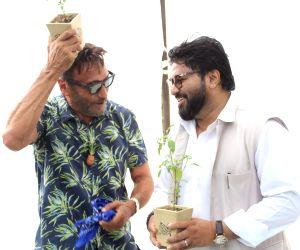 World Environment Day - Prakash Javadekar, Babul Supriyo, Jackie Shroff