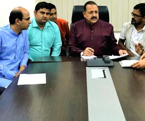 RTI Activists meets Jitendra Singh
