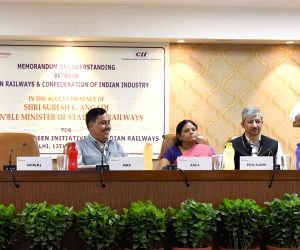 Ministry of Railways, CII sign MoU