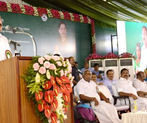 Venkaiah Naidu flags off Chennai Metro Rail