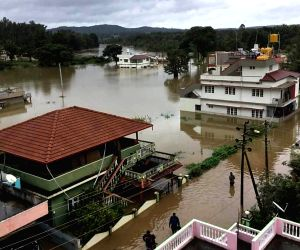 Army, Navy rescue marooned people in Karnataka's flood-hit district