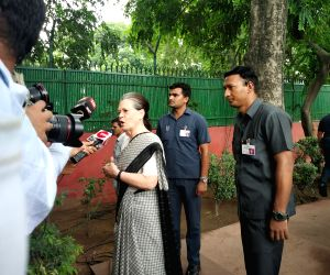 UPA Chairperson Sonia Gandhi at Congress headquarter to pay tribute to former Delhi Chief Minister  Sheila Dikshit in New Dlehi on July 21, 2019.