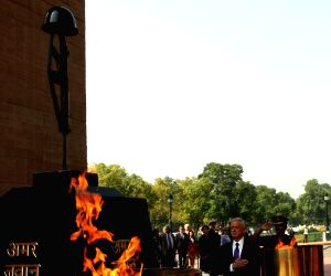 James Mattis pays tribute at Amar Jawan Jyoti