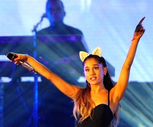 Ariana Grande steps out with friends as she 'heals'