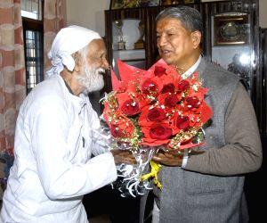 Uttarakhand CM pay tribute to Sunder Lal Bahuguna on his 89th birthday