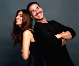 Akshay Kumar, Vaani Kapoor starrer Bell Bottom to kickstart shoots in August