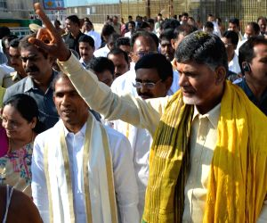 Andhra CM visits Balaji Temple