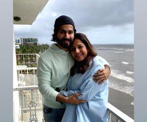 Varun Dhawan wishes mom Karuna on her birthday, calls her his strength