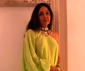 Neena Gupta's latest picture in neon green outfit is winning hearts