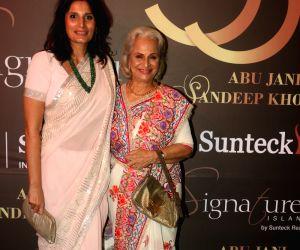 Abu Jani-Sandeep Khosla's fashion show - Asha Parekh, Waheeda Rehman